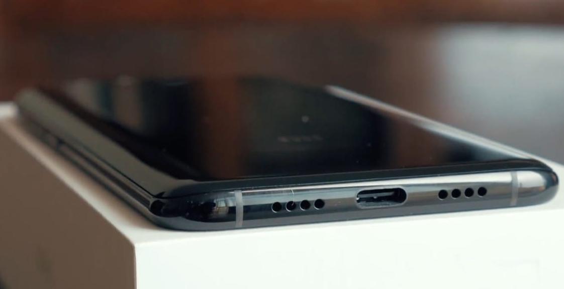 разъем смартфона Xiaomi